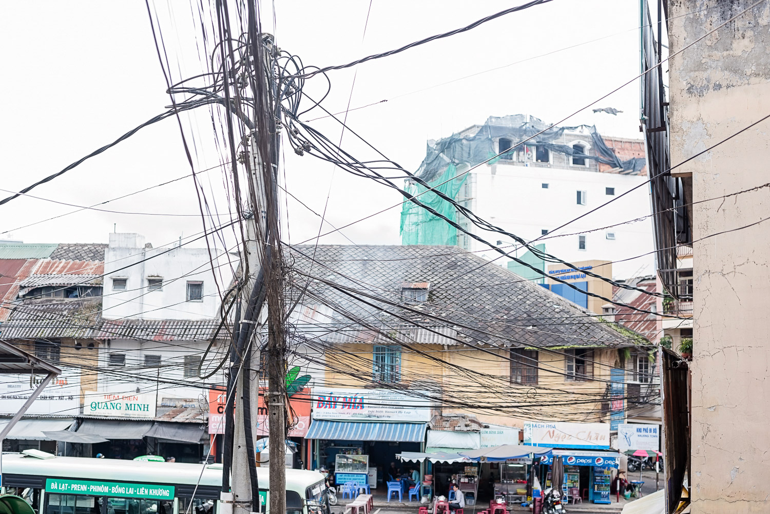 """Vietnamese-style electric cables"" (In Hanoi we even saw t-shirts about them!)"