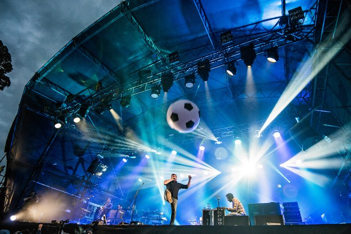 elbow live at kendal calling festival